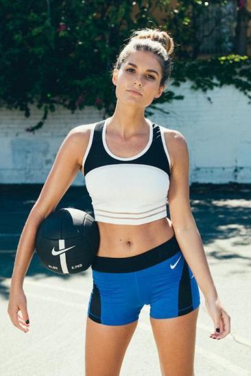 Chloe Nike 1