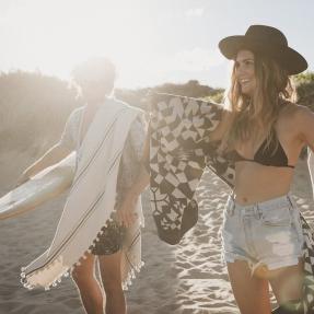 HAT-SUN-BEACH-PONYRIDER
